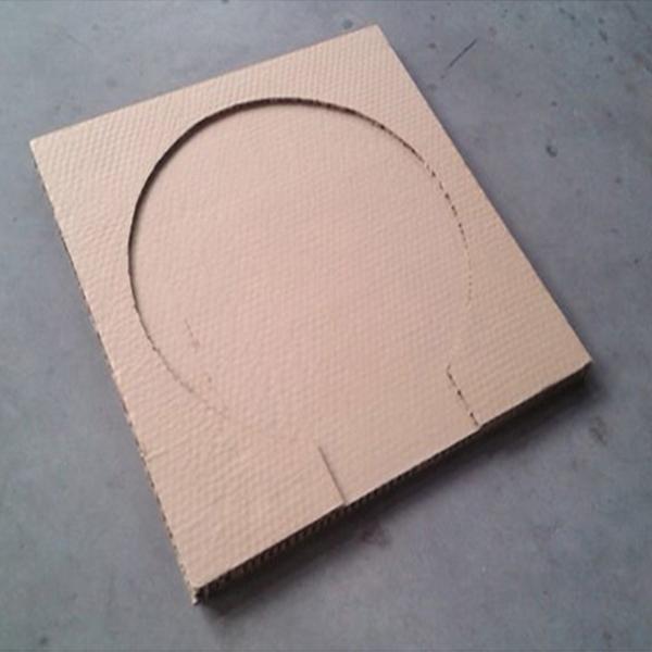 蜂窝纸箱内衬